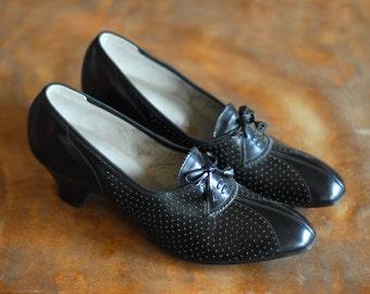 vintage 1930s shoes / 30s black leather art deco oxfords / size 8 narrow