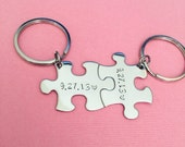 Fiance GIft, Anniversary Wedding Date Keychains, Valentines Gift,Custom Wedding Gift, Newlywed gift, Personalized Keychains, Couple Keychain