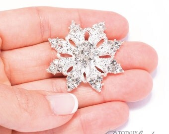70pcs Rhinestone Snowflakes, Wholesale Crystal Rhinestone Snow Flakes Perfect for DIY Wedding Invitations and Bridal Crafts, Flat Back 541-S