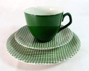 Retro Mid Century Trio, Barratts Green Dogtooth Check Delphatic White Ironstone Cup, Saucer, Teaplate Trio 1960s