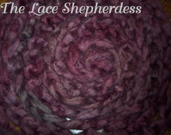 """Hand dyed Coopworth Wool Pin Draft Roving. 7.8 oz. """"Mauve on the Move"""""""