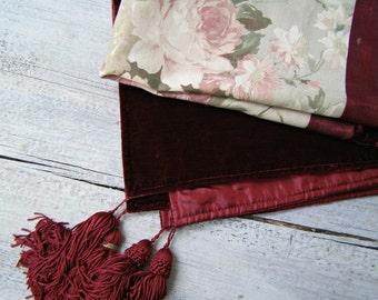 Rustic Rose Square Tablecloth, Vintage Decorative Burgundy Velvet Romantic Boho Fabric Tableware, Hostess Gift Elegant Living Room Decor