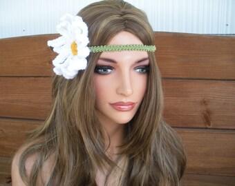 Crochet Headband Womens Headband Boho Headband Hippie Accessories Women Daisy Headband in Green with White Daisy