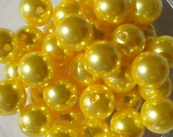 12mm, 25CT.  Yellow Pearl Gumball Beads, Chunky Beads, Bubblegum Beads, A8