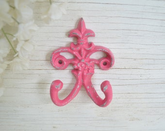 1 Fleur de lis Cast iron Hook,Towel Hook,Ornate Key Hook