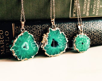 Green Slice Raw Geode Necklace Gift Emerald Green Agate Ombre Gemstone Gold Layering Long Rustic Modern Statement Natural Stone C1