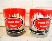 Tumblers retro barware paint the town red words humor quote pair vintage red white black