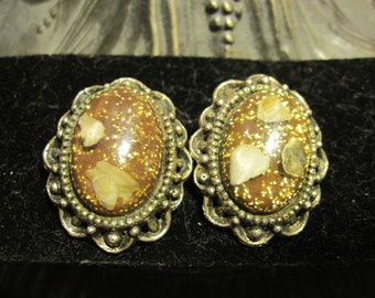 Vintage Gold Glitter Lucite Shell Earrings
