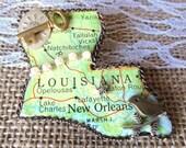 Living in Louisiana State Brooch (LA1a)