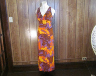On Sale-Gorgeous VINTAGE HAWAIIAN MAXI Dress
