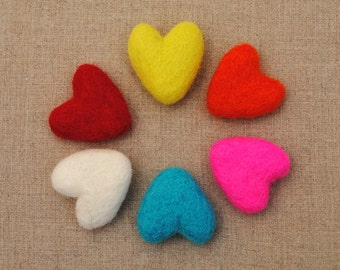 100% wool felt hearts - 6 pieces, choose your colours - Valentines crafts - handmade