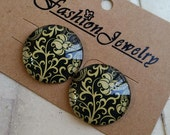 2 Pieces of 30 mm Round Shape Flower Photo Glass Cameo Cabochons / Pattern as per Picture (.gm)