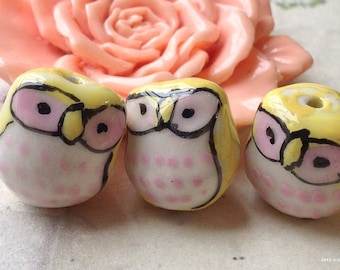 14 x 16 mm Lovely Yellow and Pink Eyes Owl Porcelain Beads (.cc)