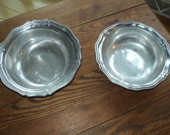 2 Vintage Solid Pewter Bowls  with wonderful well developed patina which can be nestled together.  Colonial Federalist Americana Style Metal
