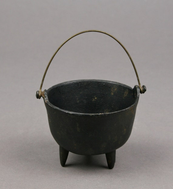 Vintage Tiny Cast Iron Three Footed Pot With By