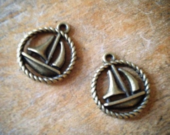 6 Pcs Sailboat Bronze Vintage Style Sail Boat Crest Nautical Pendant Charm Jewelry Supplies (C046)