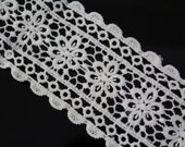 2 YARDS White Lace Crochet Trim Ribbon for Crafts