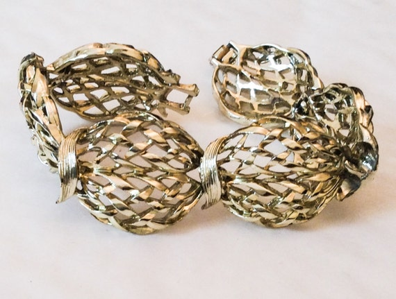 Basket weaving jewelry : Basket weave bracelet gold link retro vintage jewelry