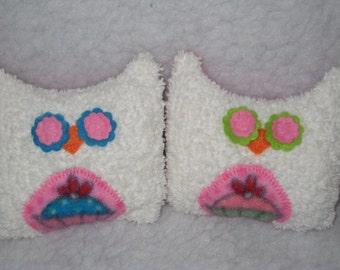 "2 MINI Cupcake Owls - White Chenille Cupcake Owls - Ready to Ship - 4.5 ""H x 5 ""W"