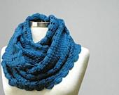 SALE, infinity scarf, chunky scarf, Cowl scarf, winter accessories, circle scarf, cowl scarf, chunky scarves, knit scarf