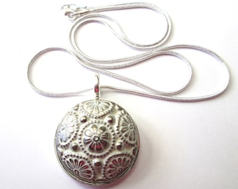 Vintage button pendant, famous Waterbury silver floral button, 18 inch snake chain