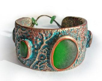 Sea Glass Bracelet. Cuff Bracelet with beautiful, green sea glass. 100% handmade bracelet with artistic soul.