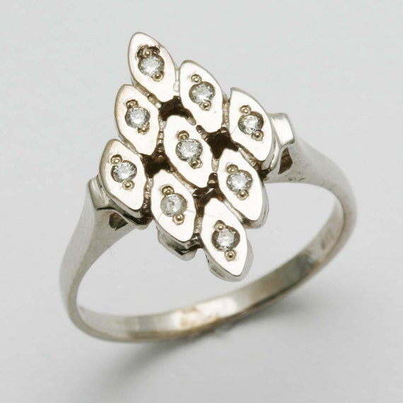 Vintage 14k white gold DIAMOND ring Victorian Art Deco flat right hand ring made in the USA