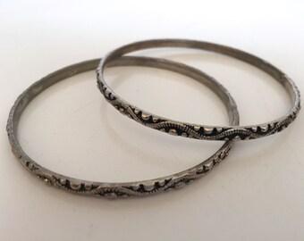 Pair of boho/bohemian vintage Indian/Inda sterling silver bracelets