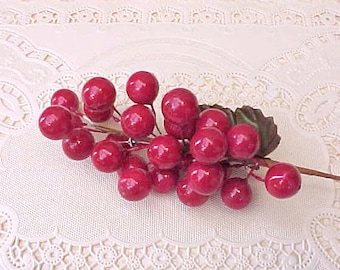 """Pretty Vintage Millinery """"Cherries"""" Bunch for Display or Hats"""