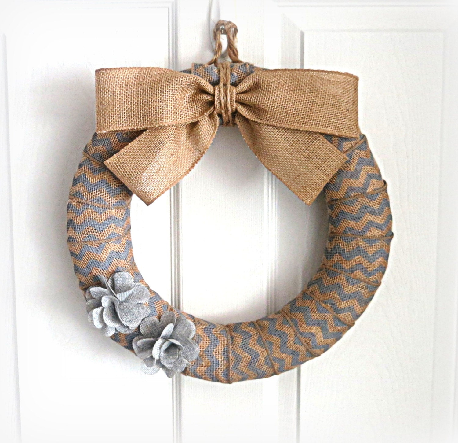 Light gray chevron burlap wreath everyday burlap wreath for Burlap wreath with lights