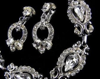 Hollycraft 1953 Clear Crystal Drop Earrings with Matching Bracelet Exquisite Signed Vintage Design
