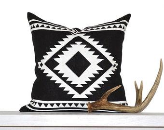 Aztec Border Pillow Cover - Black / White