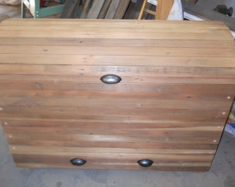 reclaimed wood toy box