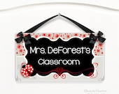 personalized teacher class door sign - red flowers and ladybug theme class wall plaque - P2087