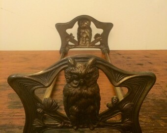 Antique Brass Plated Expandable Slider Owl Book Ends