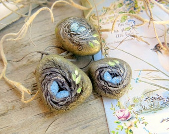 Hand Painted Miniature Rock. Bird Nest. Beach Pebble. Mini Painted Rock