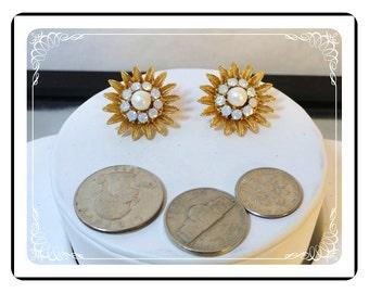 Studio Girl Earrings - Vintage Sunflower Heirloom Earrings - REG 269   E3433a-092212000