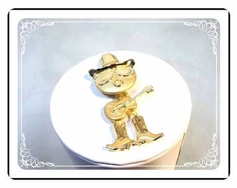 Cowboy Singer Brooch - Vintage Wiggle Jiggle Cowboy w boots, hat and guitar  - Pin-1395a-022313000