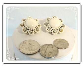 White Flower Earrings -  Vintage Bead & Rhinestones Clip On's - E904a-083012000