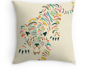 TIGER (Throw Pillow for the Home Décor)