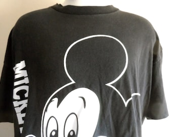 cute vintage 80's 90's Disney Mickey Mouse black crew neck graphic t-shirt red and white front and back print xl disney designs made in usa