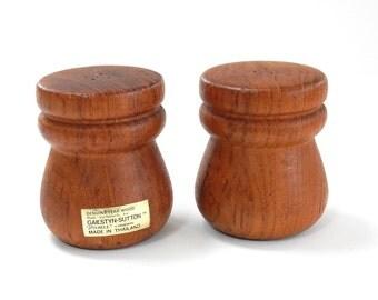 VINTAGE TEAK WOOD Salt Pepper Shakers - Gailstyn Sutton - Mid Century Thailand