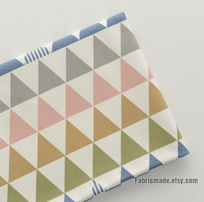 Tissu coton lin triangle g om trique pastel de multi colots - Tissu ameublement scandinave ...