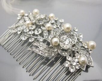 Wedding hair accessory vintage Bridal hair comb Pearl Wedding headpiece Bridal hair jewelry Wedding hair comb Pearl hair comb Wedding comb