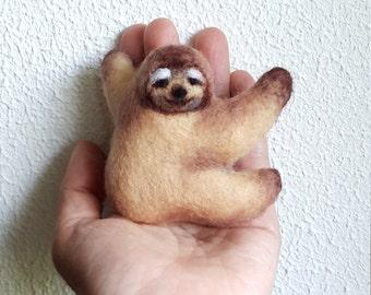 Brooch Sloth