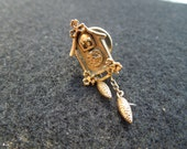Vintage Avon Pin, Cuckoo Clock,  Gold Toned, Signed.  Nice.