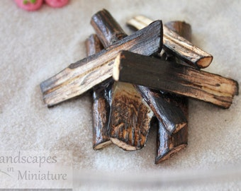 Miniature Handcrafted Beach Fire Pit, Campfire for your Beach Scene - Split Wood or Driftwood - By Landscapes In Miniature