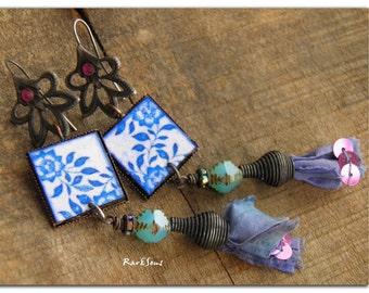 "Bohemian earrings , hippie ""Ashbury street"" cabochon and silk faded indigo, fuchsia crystal"