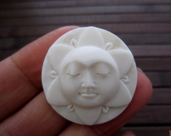25 mm HAnd carved Sun Face  Cabochon, lotus face, Face Cabochon, Embellishment  B5348