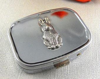 Pill box, Pill Case, Vintage, pillBox, Box, Gift, Accessories, Steampunk Inspired, Rabbit, Silver Pill Box